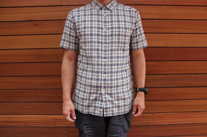Phlannel<br /> Cotton Linen Check Shirt<br /> COLOR / Navy,Gray<br /> SIZE / M,L<br /> Made in Japan<br /> PRICE / 16.000+tax <br /> <br />