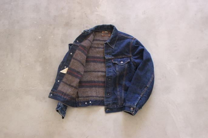 LEVIS <br />
