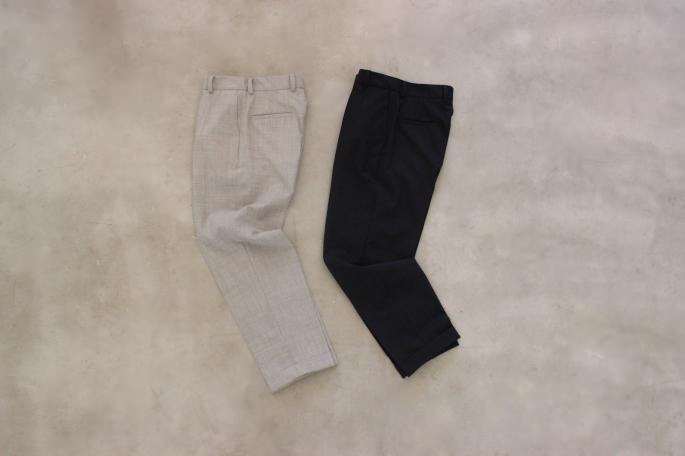 SOSO PHLANNEL<br /> Spun Wool Pants<br /> COLOR / Navy, Gray<br /> SIZE / 34, 36<br /> Made in Japn<br /> PRICE / 27,000+tax<br /> <br /> SOSO PHLANNEL<br /> Ponte Border T-shirt <br /> COLOR / Navy×Gold Brown,White×Navy<br /> SIZE / 34, 36<br /> Made in Japan<br /> PRICE / 17,000+tax<br /> <br /> SANDERS<br /> Royal Navy Gibson<br /> COLOR / Brown<br /> SIZE / 4.5,5,5.5<br /> Made in England <br /> PRICE / 43,000+tax<br /> <br />