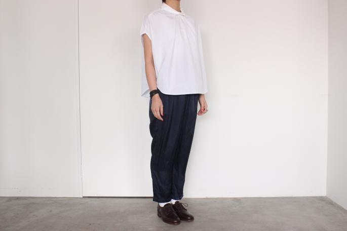 GALLEGO DESPORTES <br /> Balloon Top<br /> COLOR / White<br /> SIZE / S,M<br /> Made in France<br /> PRICE / 29,000+tax<br /> <br /> GALLEGO DESPORTES <br /> Elastic Waist Pants<br /> COLOR / Navy<br /> SIZE / S,M<br /> Made in France<br /> PRICE / 29,000+tax<br /> <br /> SANDERS<br /> Royal Navy Gibson<br /> COLOR / Brown<br /> SIZE / 4.5,5,5.5<br /> Made in England <br /> PRICE / 43,000+tax