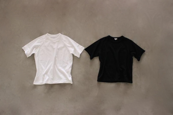 Phlannel<br /> Comfort Terry S/S Sweat<br /> COLOR / White, Black<br /> SIZE / Free<br /> Made in Japan<br /> PRICE / 9,500+tax<br /> <br /> Phlannel<br /> High Dense West Point Flare Skirt<br /> COLOR / Biege<br /> SIZE / 0, 1<br /> Made in Japan<br /> PRICE / 21,000+tax<br /> <br /> Paraboot<br /> Reims<br /> COLOR / Navy,Brown<br /> SIZE / 3.5 4 4.5 5<br /> Made in France<br /> PRICE / 63,000+tax<br /> <br /> Brady <br /> Calder <br /> COLOR / Red<br /> SIZE / Free<br /> Made in England<br /> PRICE / 29,000+tax<br />