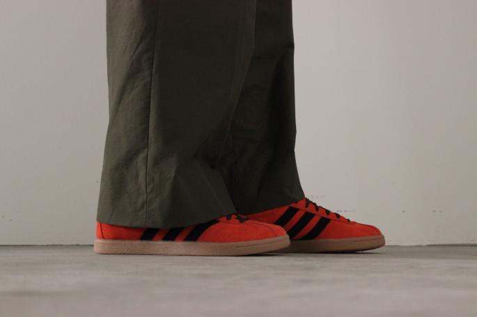 adidas <br /> TRINIDAD&amp;TOBAGO <br /> COLOR / Red×Black<br /> SIZE / 26,27,28<br /> PRICE / 15,000+tax