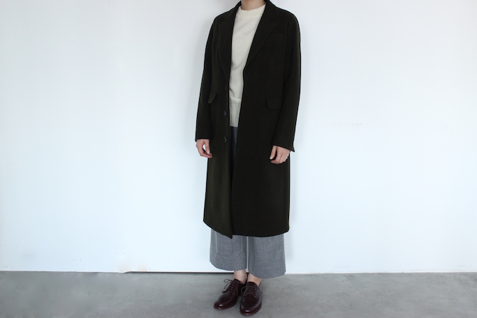 Phlannel<br /> Super Fine Melton Chester Coat <br /> COLOR / Moss Green,Navy<br /> SIZE / 0,1<br /> PRICE / 69,000+tax<br /> Made in Japan<br /> <br /> Phlannel<br /> Lambswool High-Necked Sweater<br /> COLOR / Red,White,Black,Gray,Khaki<br /> SIZE / 0,1<br /> PRICE / 19,000+tax<br /> Made in Japan<br /> <br /> Phlannel<br /> Saxony Flannel Wide Trousers<br /> COLOR / Gray,Navy<br /> SIZE / 0,1<br /> PRICE / 24,000+tax<br /> Made in Japan<br /> <br /> SANDERS<br /> Gibson<br /> COLOR / Bordeaux<br /> SIZE / 4.5<br /> PRICE / 43,000+tax<br /> Made in England