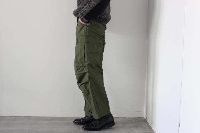 HEIGHT / 181cm<br />