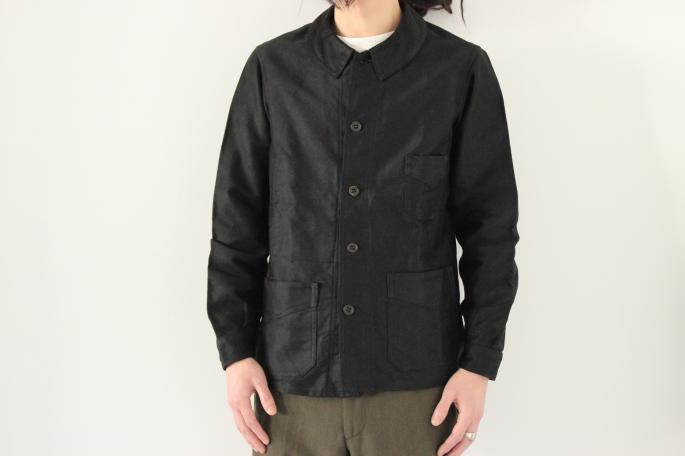 HEIGHT / 177cm<br />