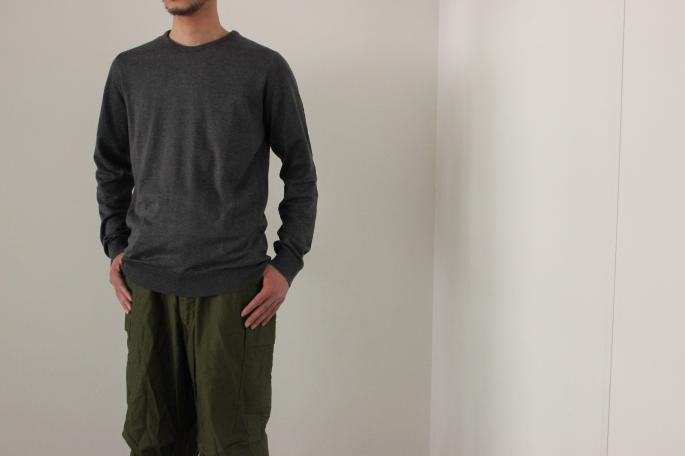 HEIGHT / 169㎝<br /> WEAR SIZE / M<br /> <br /> JOHN SMEDLEY<br /> LUKE<br /> COLOR / Charcoal,Black<br /> SIZE / M,L<br /> Made in England<br /> PRICE / 29,000+tax<br /> <br /> VINTAGE<br /> M-65 DEAD STOCK<br /> COLOR / Olive<br /> SIZE / Small-Regular<br /> Made in USA<br /> PRICE / 9,500+tax