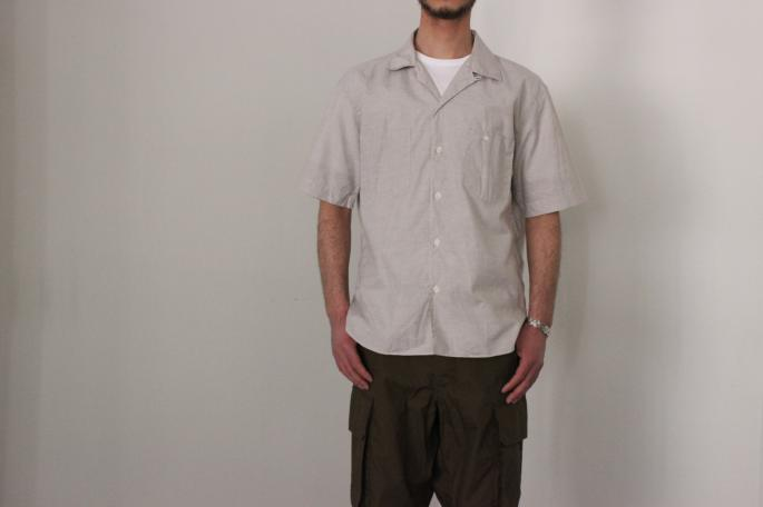 HEIGHT / 169㎝<br /> WEAR SIZE / S<br /> <br /> Phlannel<br /> Cotton Linen End on End Open Shirt <br /> COLOR / Beige,Sax<br /> SIZE / S,M,L<br /> PRICE / 19,000+tax<br /> <br /> Cotton Weather Cargo Pants<br /> COLOR / White,Khaki<br /> SIZE / S,M,L<br /> PRICE / 23,000+tax<br /> <br /> Made in Japan