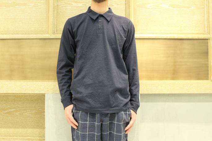 HEIGHT / 169㎝<br /> WEAR SIZE / 38<br /> <br /> NORTH SEA CLOTHING<br /> Polo Shirt Long Sleeve<br /> COLOR / Navy<br /> SIZE / 38,40<br /> PRICE / 14,000+tax