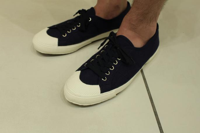 HEIGHT / 169cm<br /> WEAR SIZE / 1<br /> <br /> VINTAGE <br /> Italy Navy Canvas Sneakers <br /> COLOR / Navy<br /> SIZE / 42,44<br /> Made In Italy<br /> PRICE / 7,000+tax<br /> <br /> COMOLI<br /> Comoli Shirt<br /> COLOR / Sax,White<br /> SIZE / 1,2<br /> PRICE / 22,000+tax<br /> <br /> KAPTAIN SUNSHINE<br /> Easy Utility Shorts<br /> COLOR / Navy,Olive<br /> SIZE / 30,32<br /> PRICE / 21,000+tax<br /> <br /> Made In Japan