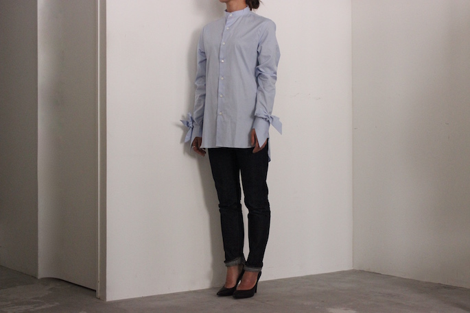 HEIGHT / 159㎝<br /> WEAR SIZE / XS<br /> <br /> MARIE MAROT<br /> POLLY <br /> COLOR / Blue Sky,White<br /> SIZE / XS,S<br /> PRICE / 39,000+tax<br /> <br /> SOSO PLHANNEL<br /> Selvedge Denim<br /> COLOR / Indogo<br /> SIZE / 34,36,38<br /> Made In Japan<br /> PRICE / 22,000+tax