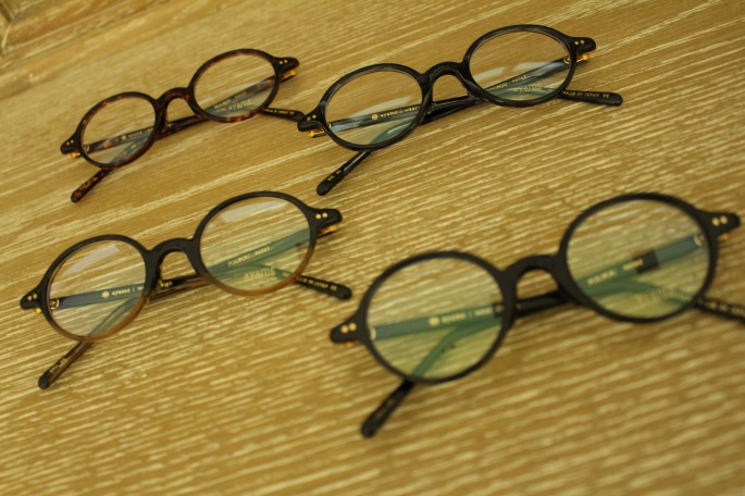 ayame<br /> FOUFOU<br /> COLOR / BLK,DEM,BBL,BRH<br /> Made In Japan<br /> PRICE / 30,000+tax