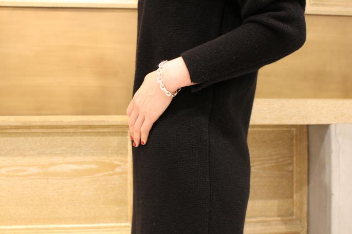 HIGHT / 164cm<br /> WEAR SIZE / 0<br /> <br /> Phlannel <br /> Wool Camel Milano Rib Vneck Dress<br /> COLOR / Gray,Black,Bordea<br /> SIZE / 0,1<br /> PRICE / 39,000+tax<br /> <br /> SOSO PHLANNEL<br /> Selvage Denim Straight<br /> COLOR / Indigo<br /> SIZE / 34,36,38<br /> PRICE / 30,000+tax<br /> <br /> Made In Japan<br /> <br /> MAISON VINTAGE<br /> 80' Pierre Cardin<br /> PRICE / 29,000+tax<br /> <br /> Hermes Scarf<br /> PRICE / 34,000+tax<br /> <br /> SANDERS<br /> Chelsea Boot<br /> COLOR / Black<br /> SIZE / 3.3h.4.4h<br /> Made In England<br /> PRICE / 55,000+tax<br /> <br /> <br />