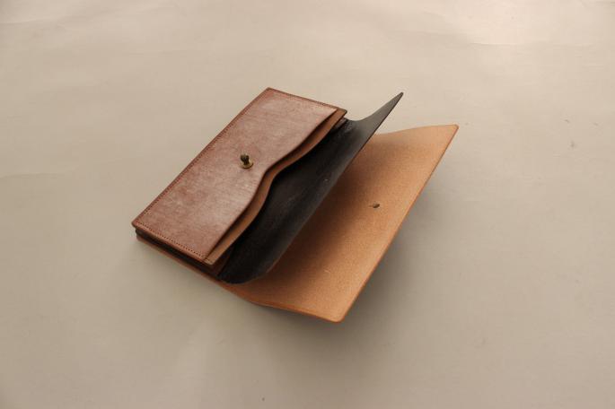 forme × BLOOM&BRANCH<br /> Long Wallet Bridle<br /> COLOR / Black,Brown<br /> PRICE / 34,000+tax<br /> <br /> Card Case Bridle<br /> COLOR / Black,Brown<br /> PRICE / 17,000+tax<br /> <br /> Made In Japan