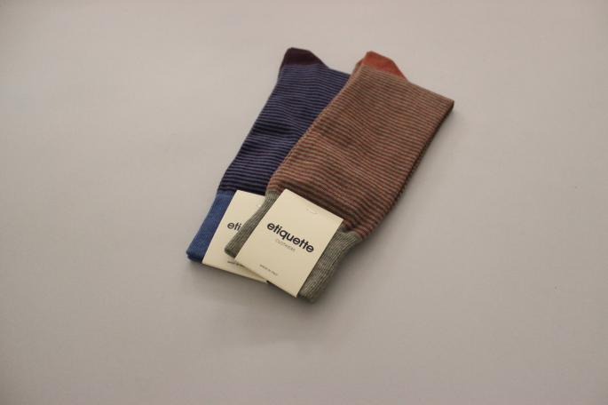 etiquette CLOTHIERS <br /> Paisley (Left)<br /> COLOR / Ecru,Gray,Navy<br /> SIZE / Free<br /> PRICE / 2,400+tax <br /> <br /> Thousand Stripes (Right)<br /> COLOR / Rust/Green,Bordeaux<br /> SIZE / Free<br /> PRICE / 2,400+tax <br /> <br /> Made in Italy