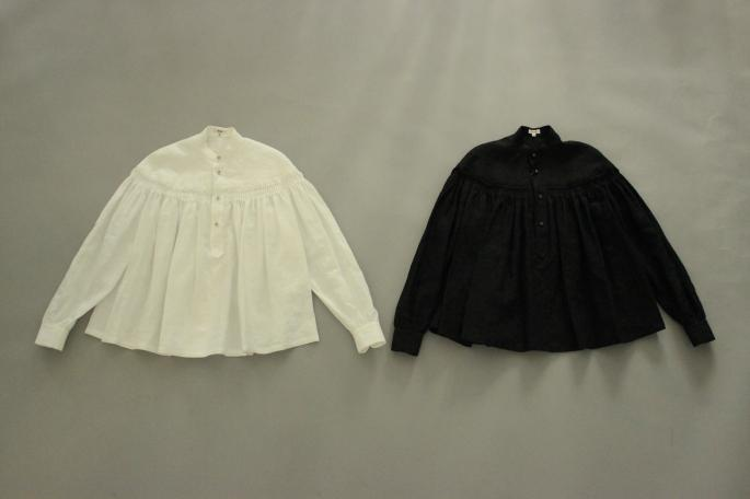 HIGHT / 159cm<br /> WEAR SIZE / 36<br /> <br /> Scye<br /> Linen High Density Tuck Shirts<br /> COLOR / White,Black<br /> SIZE / 36,38<br /> PRICE / 34,000+tax<br /> <br /> SOSO PHLANNEL <br /> Patch Pocket Rgid Denim Pants<br /> COLOR / Rgid<br /> SIZE / 34,36,38<br /> PRICE / 24,000+tax<br /> <br /> Made In Japan