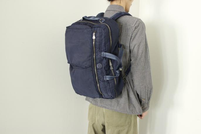 Porter Classic<br /> Super Nylon 3Way Briefcase L <br /> COLOR / Blue,Black<br /> Made in Japan<br /> PRICE / 58,000+tax