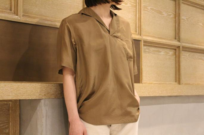 HEIGHT / 164cm<br />