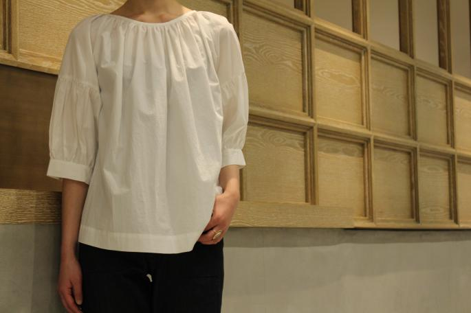 HIGHT / 165cm<br />