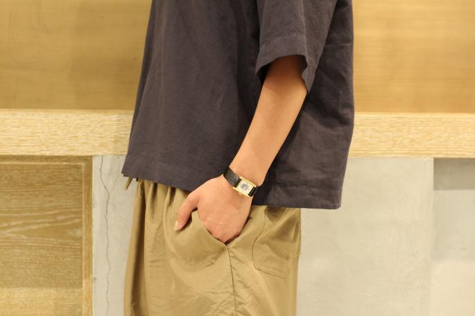 HEIGHT / 166cm<br /> WEAR SIZE / 1<br /> <br /> KIJI<br /> Prisoner Shirts<br /> COLOR / Black,Khaki,White<br /> SIZE / 1,2<br /> PRICE / 17,000+tax<br /> <br /> COMOLI<br /> Silk Drawstring Shorts<br /> COLOR / Khaki,Navy<br /> SIZE / 0<br /> PRICE / 26,000+tax<br /> <br /> KIJIMA TAKAYUKI<br /> Paper Cloth Hat<br /> COLOR / Beige,White,L.gray<br /> SIZE / 1,2<br /> PRICE / 17,000+tax<br /> <br /> Made In Japan<br /> <br /> Needles<br /> Troentrop×Needles Swedish Clog<br /> COLOR / Black<br /> SIZE / 35,36,37,38<br /> Made In Sweden<br /> PRICE / 24,000+tax