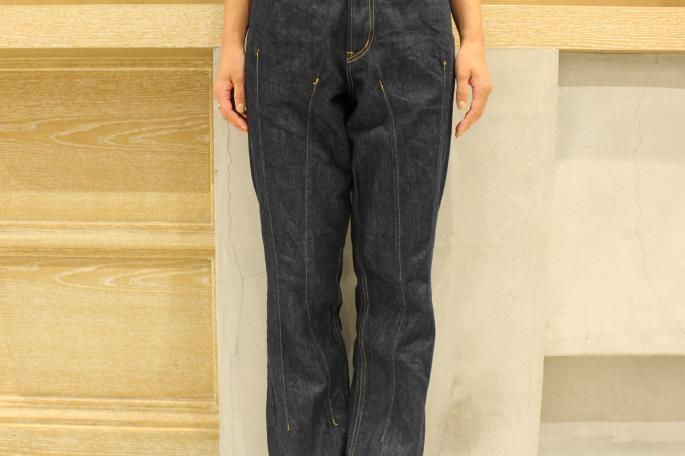 HEIGHT / 166cm <br />