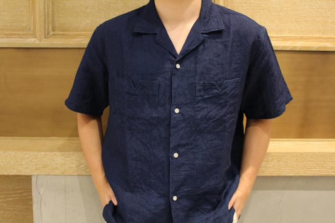 HEIGHT / 168cm<br /> WEAR SIZE / M<br /> <br /> NAISSANCE<br /> Open Collar Linen Shirt<br /> COLOR / Blue,Green,Indigo<br /> SIZE / S,M<br /> PRICE / 19,000+tax<br /> <br /> Phlannel<br /> Pillow Stripe Two Tuck Trousers<br /> COLOR / White,Khaki<br /> SIZE / S,M,L<br /> PRICE / 29,000+tax<br /> <br /> Made In Japan<br /> <br /> HERUE<br /> AVAIOL<br /> COLOR / Black<br /> SIZE / 40,41,42<br /> Made In Spain<br /> PRICE / 31,500+tax