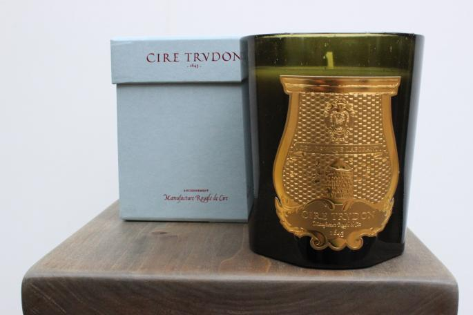 CIRE TRVDON <br />