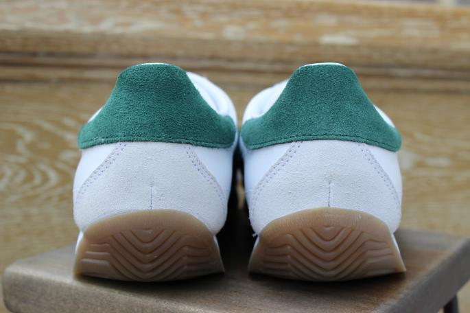 adidas originals for mita sneakers<br /> COUNTRY<br /> COLOR / White×Green<br /> SIZE / 25,26,27,28<br /> PRICE / 14,000+tax