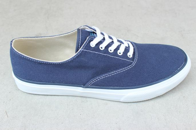 SPERRY TOP-SIDER <br /> Canvas oxford shoes <br /> COLOR / White,Navy<br /> SIZE / 7,7H,8,8H,9,9H<br /> PRICE / 6,500+tax → 4,550+tax(30%OFF)<br />