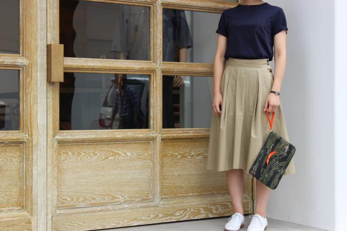 Phlannel<br /> Pocket T-shirt<br /> COLOR / White,Light gray,Navy<br /> SIZE / 0.1.2<br /> Made in Japan<br /> PRICE / 8,500+tax <br /> <br /> Phlannel<br /> Flare Skirt<br /> COLOR / Beige,Navy<br /> SIZE / 0.1<br /> Made in Japan<br /> PRICE / 18,000+tax <br /> <br />