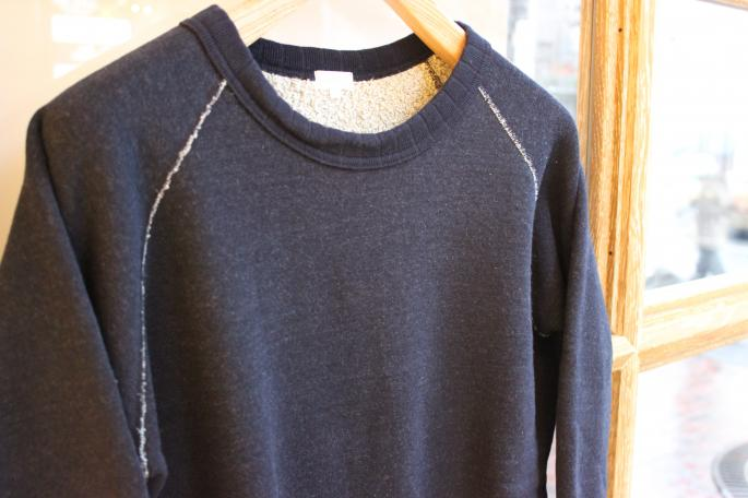 Phlannel <br /> Random Loop Terry Sweat <br /> COLOR / Gray<br /> SIZE / M,L<br /> Made in Japan<br /> PRICE / 21,000+tax