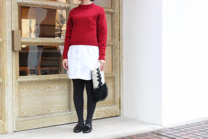 Phlannel <br /> Lamb's wool Raglan Crew Neck Knit <br /> COLOR / White,Red,Navy<br /> SIZE / 0,1<br /> Made in Japan<br /> PRICE / 18,000+tax<br /> <br /> INDIVIDUALIZED SHIRTS ×BLOOM&BRANCH<br /> Shirts Dress<br /> COLOR / White<br /> SIZE / Free<br /> Made in U.S.A<br /> PRICE / 27,000+tax<br /> <br /> Repetto<br /> MICHAEL <br /> COLOR / Black,Navy<br /> SIZE / 37,37.5,38,38.5,39<br /> Made in France<br /> PRICE / 38,000+tax