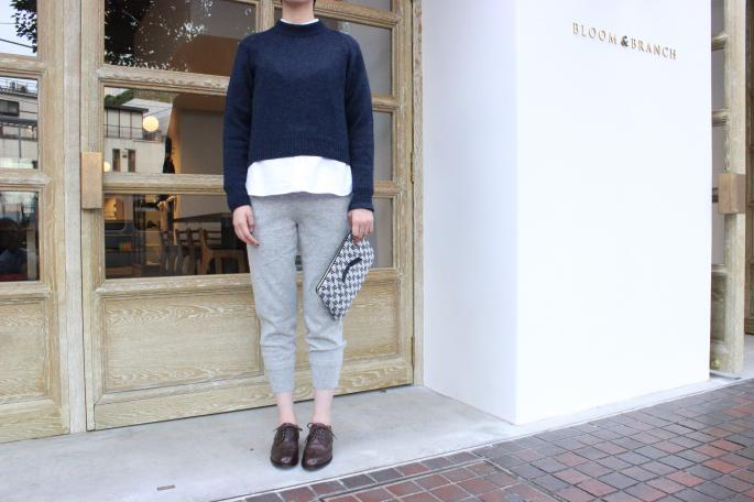 Phlannel<br /> Knit Trousers<br /> COLOR / Off White,Gray<br /> SIZE / 0,1<br /> Made in JAPAN<br /> PRICE / 21,000+tax<br /> <br /> Phlannel<br /> Crew neck Knit<br /> COLOR / Navy,Bordeaux,Off White<br /> SIZE / 0,1<br /> Made in JAPAN<br /> PRICE / 18,000+tax<br /> <br /> SOSO PHLANNEL<br /> Oxford Shirts<br /> COLOR / White,Blue<br /> SIZE / 34,36<br /> Made in Japan<br /> PRICE / 18,000+tax<br /> <br /> Jennifer Ouellette <br /> Clutch<br /> COLOR / Camo,Herringbon<br /> SIZE / Free<br /> PRICE / 12,000+tax