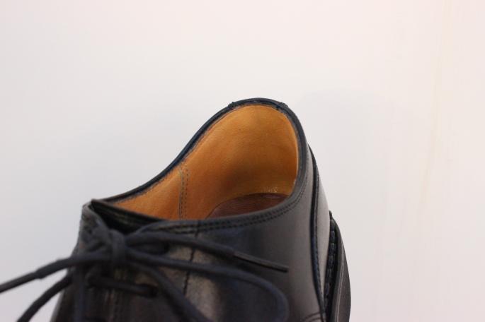 COUNTER LINING<br /> PRICE / 3,000+tax~<br /> THE DATE / 3weeks~4weeks<br /> ※靴の構造や状態によっては10,000+tax以上の修理代金が発生する場合もあります。基本的には店頭にてお預かり後、10日以内にお電話にて確定したお見積もりをご連絡致します。