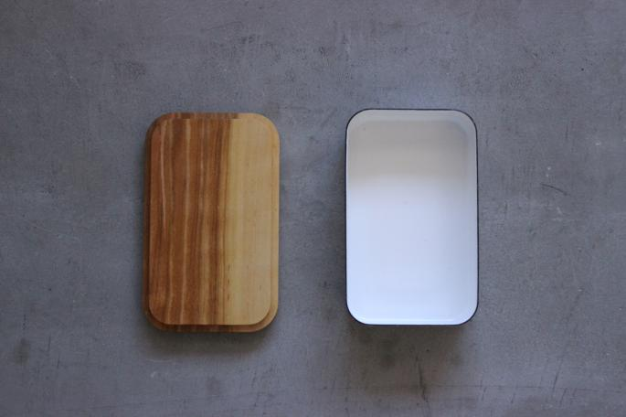 野田琺瑯<br />