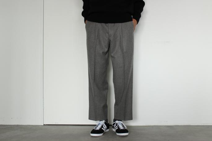Phlannel<br /> Soft Flannel Two-Tuck Trousers<br /> COLOR / Gray,Navy<br /> SIZE / S,M,L<br /> PRICE / 24,000+tax<br /> <br /> Phlannel<br /> Comebacklamb Crew Neck<br /> COLOR / Red,White,Black,Gray,Khaki,Navy<br /> SIZE / S,M,L<br /> PRICE / 19,000+tax<br /> <br /> adidas<br /> GAZELLE OG<br /> COLOR / Black<br /> SIZE / 26,27,28<br /> PRICE / 12,000+tax
