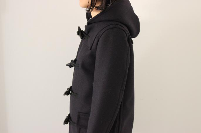 AURALEE<br /> HEAVY MELTON DUFFLE COAT<br /> COLOR / Navy<br /> SIZE / 0,1<br /> Made in Japan<br /> PRICE / 80,000+tax