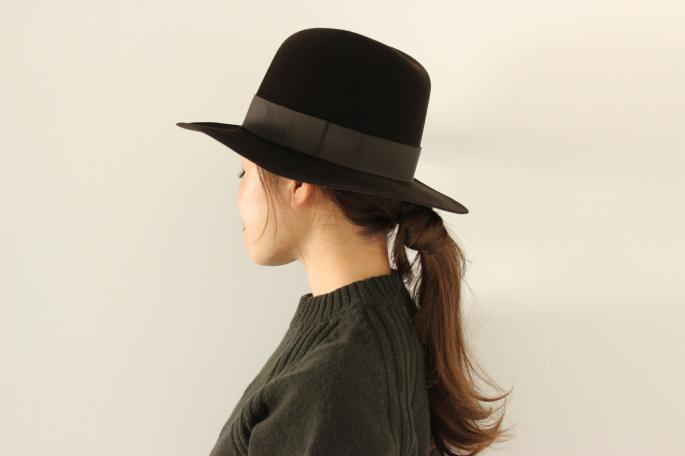 KIJIMA TAKAYUKI<br /> Rabbit Hair Felt Hat <br /> COLOR / Black,Brown,Navy<br /> SIZE / 1,2<br /> Made In Japan<br /> PRICE / 30,000+tax