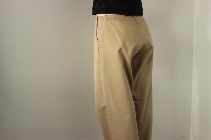 HEIGHT / 155cm<br />