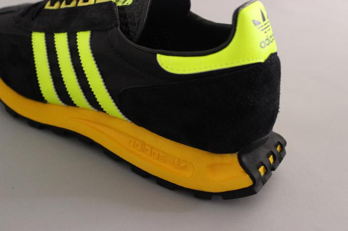 adidas<br />