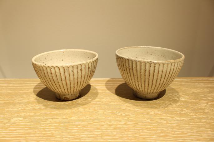 山田 雅子<br /> 鎬コーヒーカップ&ソーサーセット<br /> PRICE / 4,900+tax<br /> <br />  鎬蓋付マグカップ<br /> PRICE / 3,300+tax<br /> <br /> Made In Japan