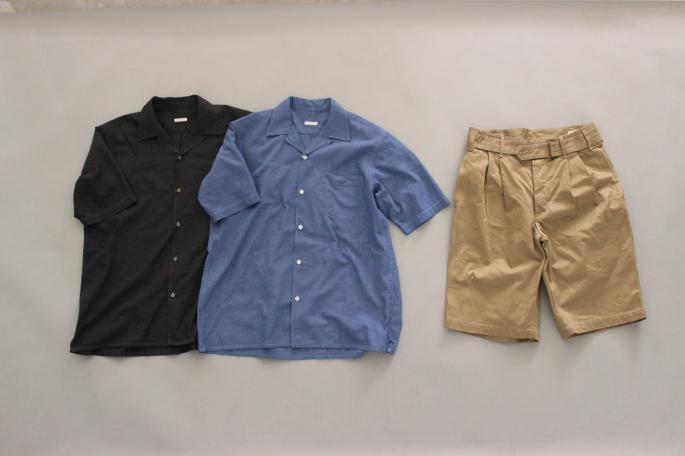 HEIGT / 169㎝<br /> WEAR SIZE / 1<br /> <br /> COMOLI<br /> Solid Shan Open Collar Shirt<br /> COLOR / Blue,Black<br /> SIZE / 1<br /> PRICE / 19,000+tax<br /> <br /> Solid Shan Drawstring Pants<br /> COLOR / Blue,Black<br /> SIZE / 1,2<br /> PRICE / 29,000+tax<br /> <br /> Made In Japan<br /> <br /> HEREU<br /> Rander<br /> COLOR / Black<br /> SIZE / 40,41,42<br /> Made In Spain<br /> PRICE / 54,000+tax