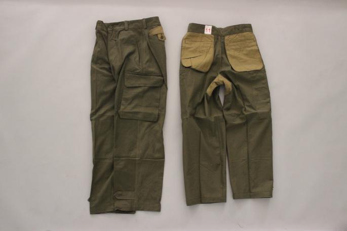 HEIGHT / 169㎝<br /> WEAR SIZE / 11<br /> <br /> VINTAGE<br /> 60s' France Army M-47 Field Pants Dead Stock <br /> COLOR / Olive<br /> SIZE / 11,21<br /> Made In France<br /> PRICE / 13,000+tax<br /> <br /> COMOLI<br /> Solid Shan Comoli Shirts<br /> COLOR / Black,Blue<br /> SIZE / 1,2<br /> Made In Japan<br /> PRICE / 22,000+tax<br /> <br /> adidas<br /> Formel 1<br /> COLOR / Black<br /> SIZE / 26,27,28<br /> PRICE / 14,000+tax