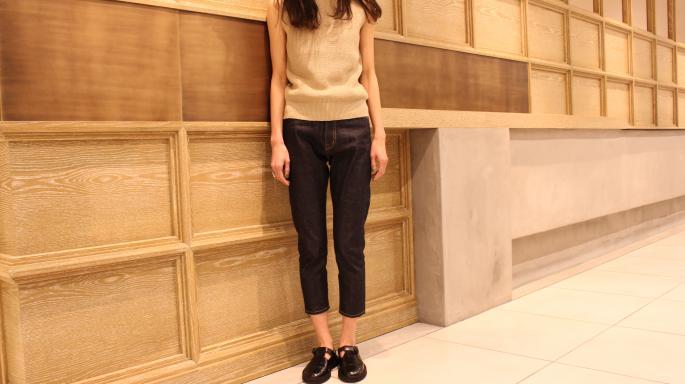 HEIGHT / 165cm<br /> WEAR SIZE / 34<br /> <br /> SOSO PHLANNEL<br /> Sabrina Denim<br /> COLOR / Indigo<br /> SIZE / 34,36<br /> Made In Japan<br /> PRICE / 22,000+tax<br /> <br /> Phlannel<br /> Cotton Linen Mockneck Knit<br /> COLOR / White,Navy,Beige<br /> SIZE / 0,1<br /> Made In Japan<br /> PRICE / 19,000+tax<br />  <br /> HEREU<br /> TIMONER<br /> COLOR / Black<br /> SIZE / 35,36,37,38<br /> Made In Spain<br /> PRICE / 46,000+tax<br />