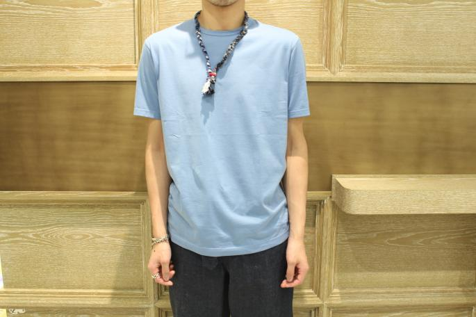 HEIGHT / 175㎝<br /> WEAR SIZE / L<br /> <br /> SUNSPEL<br /> Crew Neck<br /> COLOR / White,Gray,Brown,Light Blue,Navy<br /> SIZE / M,L<br /> Made in england<br /> PRICE / 11,000+tax