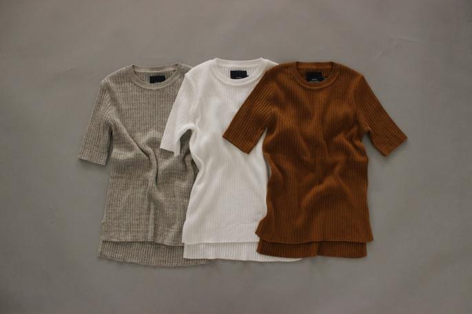 HEIGHT / 155cm<br /> WEAR SIZE / 36<br /> <br /> SOSO PHLANNEL<br /> Rib Knit  Crewneck Half Sleeve <br /> COLOR / White,Light Gray,Gray,Camel<br /> SIZE / 36<br /> PRICE / 19,000+tax<br /> <br /> Easy Trousers<br /> COLOR / Beige,<br /> SIZE / 34,36<br /> PRICE / 23,000+tax<br /> <br /> Made In Japan