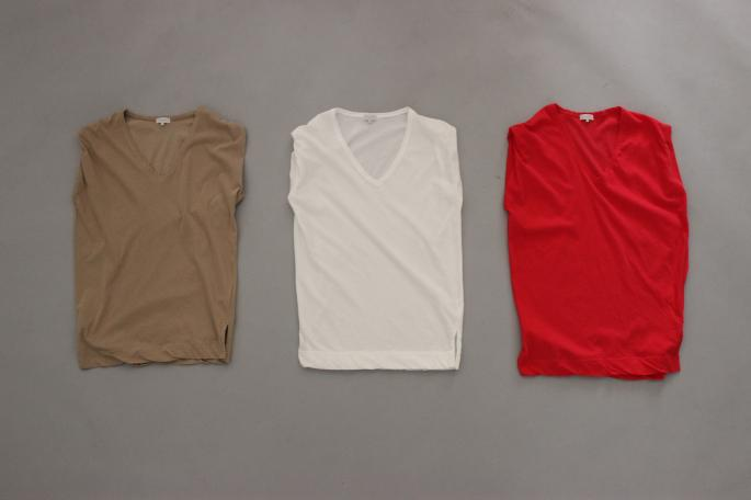 HEIGHT / 160cm<br /> WEAR SIZE / 0<br /> <br /> Phlannel<br /> FRESCA 40 V Neck French Sleeve T<br /> COLOR / White,Red,Beige,Moss green<br /> SIZE / 0,1<br /> PRICE / 9,500+tax<br /> <br /> Poplin Wrap Pleated Skirt<br /> COLOR / Navy,Beige<br /> SIZE / 0,1<br /> PRICE / 26,000+tax<br /> <br /> Made In Japan<br /> <br /> Paraboot<br /> IBERIS <br /> COLOR / White,Navy<br /> SIZE / 3.5,4,4.5,5<br /> Made In France<br /> PRICE / 35,000+tax<br />