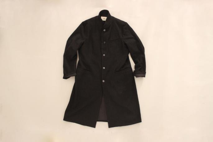 HEIGHT / 168cm<br /> WEAR SIZE /2<br /> <br /> OUTIL<br /> Manteau tence<br /> COLOR / Black<br /> SIZE / 2,3<br /> PRICE / 46,000+tax <br /> <br /> Chimisier Firminy<br /> COLOR / Charcoal<br /> SIZE / 2,3<br /> PRICE / 22,000+tax <br /> <br /> Pantalon Nimes<br /> COLOR / Indigo<br /> SIZE / 30,32<br /> PRICE / 19,000+tax <br /> <br /> Made In France<br /> <br /> forme<br /> Ankle boots<br /> COLOR / Black<br /> SIZE / 5,5.5,6,6.5<br /> Made In Japan<br /> PRICE / 69,000+tax