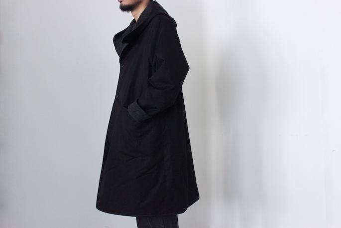 HIGHT / 173cm<br /> WEAR SIZE / 1<br /> <br /> COMOLI <br /> Hooded Coat <br /> COLOR / Black<br /> SIZE / 1,2<br /> PRICE / 98,000+tax<br /> <br /> Black Denim 5Pocket Pants<br /> COLOR / Black<br /> SIZE / 1,2<br /> PRICE / 18,000+tax<br /> <br /> Made In Japan