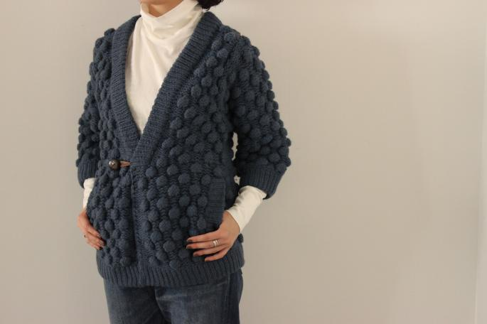 HEIGHT / 154cm<br /> WEAR SIZE /S<br /> <br /> THE INOUE BROTHERS<br /> Bubble Happi Coat<br /> COLOR / Indigo,Charcoal,White<br /> SIZE / S,M,L<br /> Made In Peru<br /> PRICE / 80,000+tax <br /> <br /> Phlannel<br /> Suvin Cotton Turtleneck T-shirt<br /> COLOR / White,Grey,Black<br /> SIZE / 0,1<br /> Made In Japan<br /> PRICE / 12,000+tax<br /> <br />