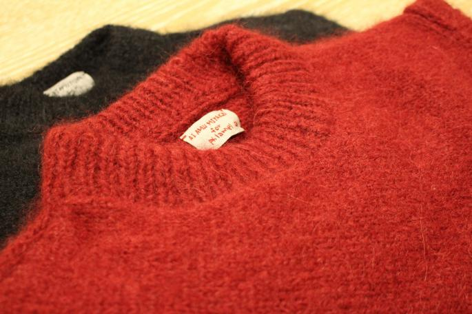 HIGHT / 164cm<br /> WEAR SIZE / 0<br /> <br /> Phlannel<br /> Hand Knitted Diagonal Mohair Sweater<br /> COLOR / Bordeaux,Black<br /> SIZE / 0,1<br /> PRICE / 60,000+tax<br /> <br /> Scye<br /> Wide Leg Trousers<br /> COLOR / Navy<br /> SIZE / 36,38<br /> PRICE / 42,000+tax<br /> <br /> Made In Japan<br /> <br /> SANDERS<br /> Chelsea Boot<br /> COLOR / Black<br /> SIZE / 3,3H,4,4H<br /> Made In England<br /> PRICE / 55,000+tax<br /> <br />